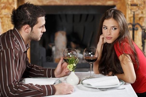 Odwieczny dylemat – czyli jak zagadać do dziewczyny?