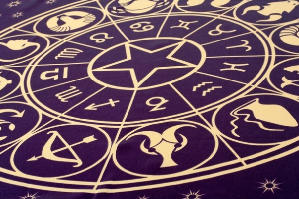 randkowanie z numerologią 7
